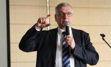 Шадурскис: после реформы зарплаты учителей вырастут до 1500 евро, часть педагогов уволят