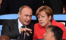 """FT: Путин предложил Меркель """"чеченский сценарий"""" для решения украинского кризиса"""