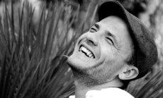 Intervija ar Gunāru Kalniņu: Pietrūkst pastaigas pa Latvijas mežiem