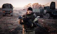 Prokrieviskie kaujinieki piekrituši svētdien atvilkt smagos ieročus