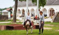 Valmierā izveidots ekskursiju ceļvedis skolēnu grupām, iedvesmu rodot latviešu dziesmās