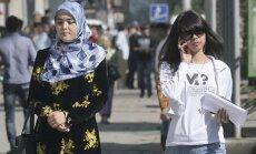 Tadžikistāna vēlas novērst savu bērnu darbu Krievijā