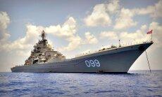 Krievijas Ziemeļu flotes flagmanis 'Pjotr Veļikij' pēc divu gadu pauzes atgriežas jūrā