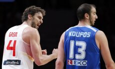 Spain s Paul Gasol (L) reacts next to Greece s Kostas Koufos
