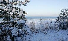 Piektdienas rītā Latgalē valda līdz -27 grādu liels sals