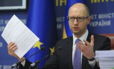Jaceņukam esot pierādījumi par Krievijas karaspēku Ukrainā