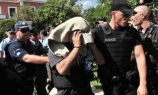 Pēc apvērsuma Turcijā apcietinātas 8113 personas