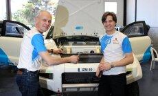 Fotoreportāža: 'OSCar eO' automašīnas Dakaras rallijreida tehniskajā komisijā