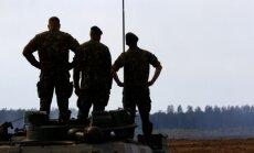 NATO austrumu flanga valstis prasa pastiprināt alianses klātbūtni