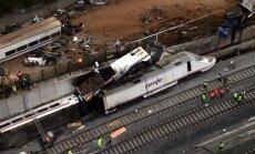 Spānijā avarējušā vilciena 'melnā kaste': vadītājs negadījuma laikā runājis pa telefonu
