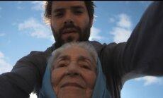 Randiņā ar vecmammu. Reperis Edavārdi par filmu 'Projekts Vecmāmiņas'