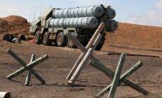 Mediji: krievu raķetes Sīrija varētu saņemt tikai rudenī
