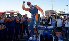 Diksons piekto reizi karjerā kļūst par 'IndyCar' pasaules čempionu