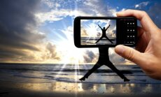 Konkurences uzraugs pētīs iespējamo mobilo sakaru cenu celšanu