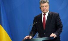 Porošenko: Ukrainā notiek īsts karš ar Krieviju