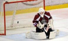 'Rīgas' hokejisti pārliecinoši uzvar Zigurda Podziņa pārstāvēto 'Amurskije tigri' vienību