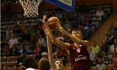 Porziņģa 16 punkti neglābj 'Sevilla' no kārtējā zaudējuma Spānijas čempionāta spēlēs