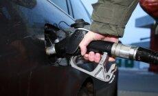 Policija aiztur divus vīriešus par benzīna zādzībām no degvielas uzpildes stacijām