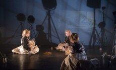 Ar izrādēm 'Vētras sēja' un 'Sarkanās puķes' Rīgā viesosies Valmieras teātris