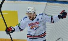 Mozjakina divi vārti palīdz Magņitogorskas 'Metallurg' pārņemt vadību KHL finālsērijā