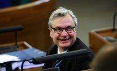 Koalīcijas partneri vērtēs premjera kandidātu Šadurski, priekšlaicīgu atbalstu nesola