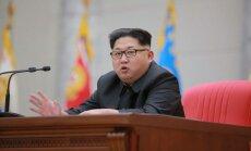 СМИ: Ким Чен Ын прибавил в весе и страдает от бессонницы