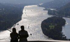 Šveices kuģim Vācijā ietriecoties Reinas tilta balstā, ievainoti 27 cilvēki