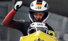 Vācijas bobslejistes atkārto tautiešu panākumu un izcīna zeltu Phjončhanas olimpiskajās spēlēs