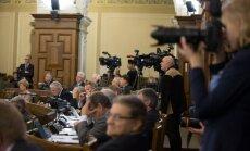 Opozīcijai dažādi viedokļi par ierosinājumu Valsts prezidentu ievēlēt atklātā balsojumā