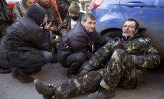 Vardarbība Kijevā ir 'pilnīgi necilvēcīga', paziņo Baltais nams