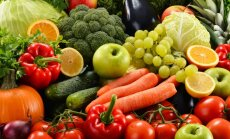 Dabīgie veselības uzturētāji: augļi, ogas un zaļumi spēkam un enerģijai