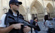 Francijas parlaments nolemj pagarināt ārkārtas stāvokli līdz jūlija vidum
