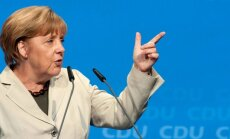 ES nesamierināsies ar Krimas aneksiju, norāda Merkele