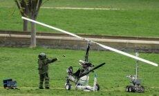 Pie Kapitolija nolaižas žirokopters; tiek iesaistīts spridzekļu meklēšanas robots