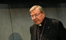 Главу секретариата Ватикана обвиняют в сексуальных преступлениях