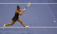 Japāniete Osaka kļūst par Viljamsas pretinieci 'US Open' finālā