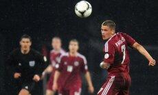 Kamešs dodas laukumā uz maiņu; 'Amkar' komanda cīnās neizšķirti ar 'Volga' futbolistiem