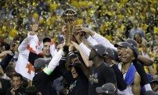 'Warriors' otro reizi trīs gadu laikā kļūst par NBA čempioniem