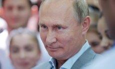 Putins ar Kimu Čenunu gatavs tikties 'vistuvākajā laikā'