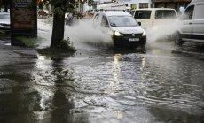 Синоптики предупреждают о сильной грозе с градом и затоплении улиц