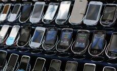 Mobilo tālruņu pārdošanas apjomi pasaulē kritušies