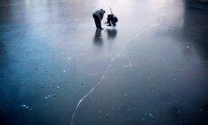 ZZS politiķis iesaka ierobežot iespējas iedzīvotājiem kāpt uz nedroša ledus