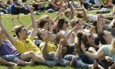 Vasaras izskaņā festivāls 'Helsus' aicina uz veselīga dzīvesveida svētkiem Lucavsalā