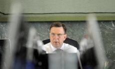 Valdība aiz slēgtām durvīm turpinās spriest par nodokļu reformu