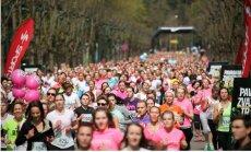 Sākas starta numuru izsniegšana Sieviešu skrējienam