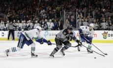 'Canucks' hokejisti piedzīvo pirmo zaudējumu šīs sezonas NHL čempionātā