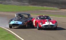 Video: 'Jaguar' izvairās no sadursmes ar 35 miljonu eiro 'Ferrari', bet tas pēc tam avarē pats