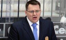 'Ņeftehimik' pagarina līgumu ar skandalozo treneri Nazarovu