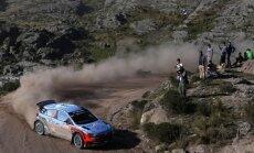 Nevils līderis pēc WRC posma Itālijā pirmās dienas