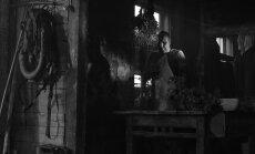 'The Hollywood Reporter' publicēta kritika par Lailas Pakalniņas filmu 'Ausma'